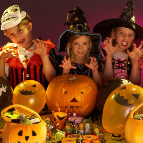 Ciekawe zabawy na imprezę w Halloween