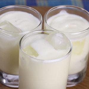 Jak przygotować smaczny koktajl Lassi?