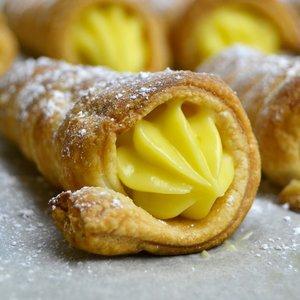 Jak przygotować domowe ciasto francuskie?