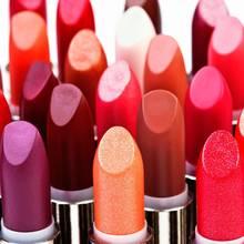 Jaka szminka najbardziej pasuje do Twojej urody?