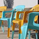 Jak odnowić plastikowe krzesło i dać mu drugie życie?