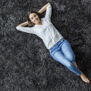 Jak wybrać odpowiedni dywan do mieszkania?