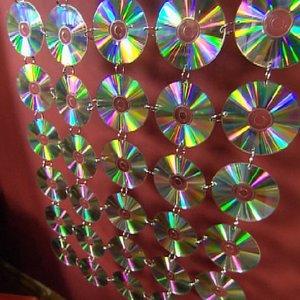 Zasłonka z płyt CD – krok drugi