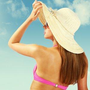 Czego włosy najbardziej potrzebują latem?