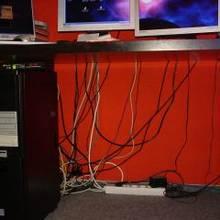 Jak zamaskować kable w mieszkaniu?